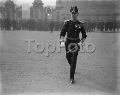 Investiture at Buckingham Palace London Surgeon Rear Admiral Bett 9 February 1922