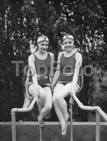 The inseparable dodge twins at Chiswick Baths . 20 July 1926