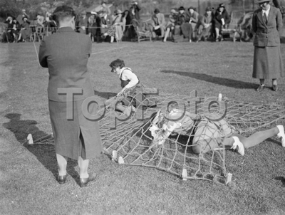 Swanley college sports  . The assault race . 1936