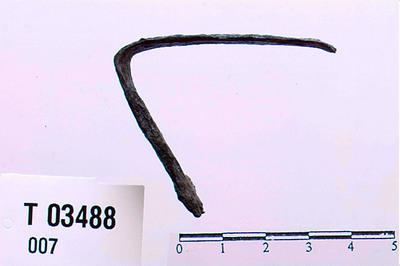 Image from object titled Bøyd jernbånd