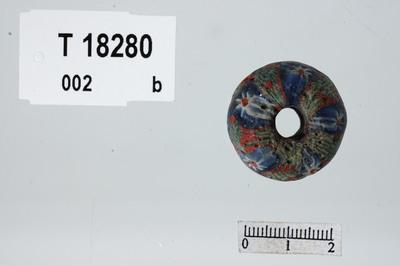 Image from object titled Mosaikkperle