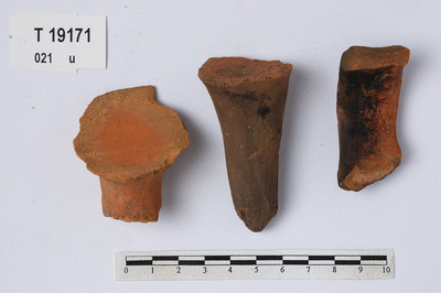 Image from object titled leirkarfragmenter