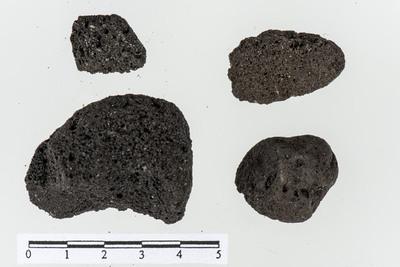 Image from object titled Ubearbeidet pimpstein