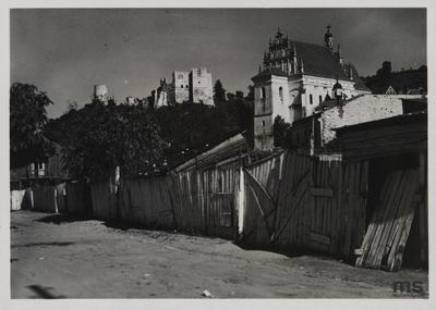 Kazimierz Dolny n. Wisłą, widok na farę i zamek