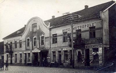 "Image from object titled Kuldīgas viesnīca ""Metropole"""