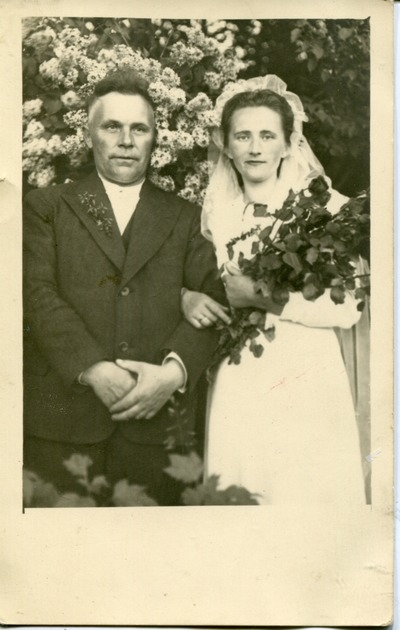 Image from object titled Jānis Pinkulis un Minna kāzu dienā