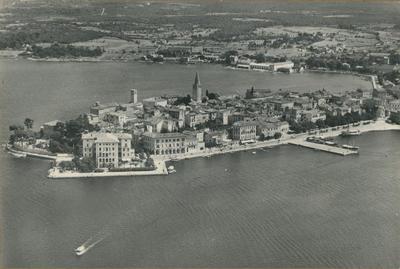 Image from object titled Parenzo (Jugoslavia). Panorama