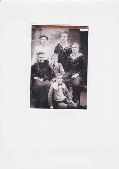 Image from object titled The Hanna brothers 1914 - 1918