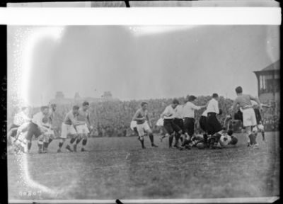 Image from object titled Edimbourg, 20/1/23, match France-Ecosse [de rugby] : [photographie de presse] / [Agence Rol]