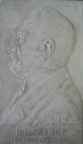 Gipsplaquette, portret van H.J. de Groot, Inspecteur-Generaal van het nijverheidsonderwijs,1883 -1923