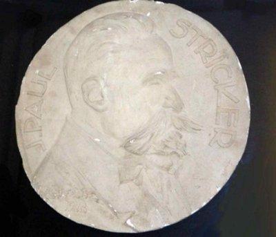 Portret van J. Paul Stricker, administrateur van de Landbouwhogeschool , 1928
