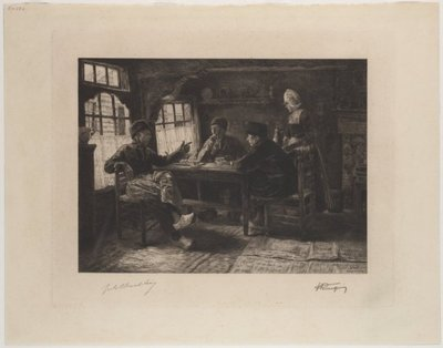 Drie mannen in Volendams kostuum pratend aan een tafel, waarop kopjes en een thee- of chocoladeketel. Rechts een staande vrouw, eveneens in kostuum, met een blad met daarop een           koffieketel. Schuin achter de vrouw...