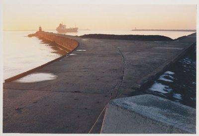 Noordelijk vanaf de Noorderpier, zuidelijk vanuit Wijk aan Zee. <br> Noordpier.; NL-HlmNHA_559_041977_009; Provinciale Atlas - Foto's NL-HlmNHA_559_041977_009