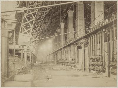 Image from object titled Interieur van het ketelhuis van de Westergasfabriek aan de Haarlemmerweg te Amsterdam