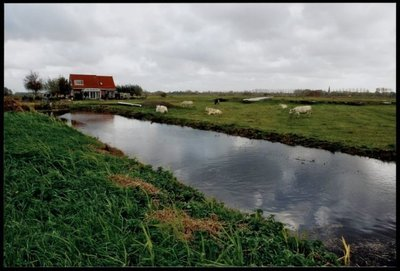 Zaandam Engewormerringdijk. Huizen aan de Ringdijk no. 4 Kalverpolder.