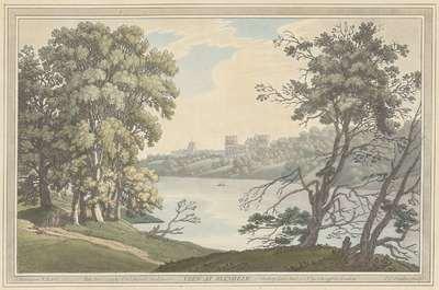 Gezicht op Blenheim Palace over het meer