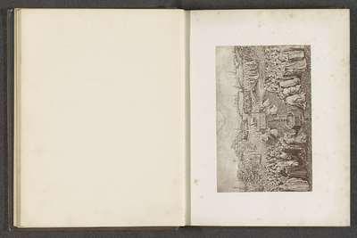 Fotoreproductie van een prent naar het middenpaneel van Het Lam Gods