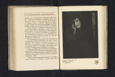 Fotoreproductie van een foto door Edward Steichen, voorstellend een portret van Clarence Hudson White; Portrait Cl. White