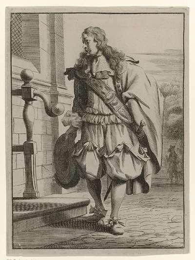 Heer, elegant gekleed volgens de mode van ca. 1660, staand voor de stoep van een huis