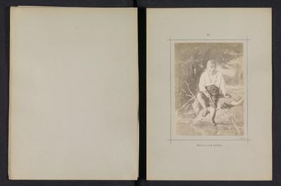 Fotoreproductie van een schilderij door Karl Emanuel Jansson, voorstellende een jongen met een hengel aan het water; Gosse, som metar