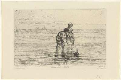 Kinderen spelend met een scheepje aan het strand; Enfants sur la plage