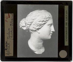 Hoofd van Aphrodite naar Praxiteles' Aphrodite van Cnidus :