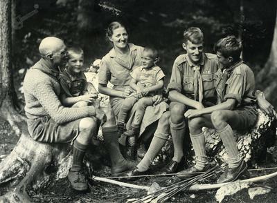 Skavtska družina