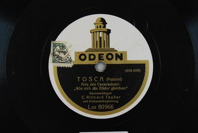Tosca <Recondita armonia>