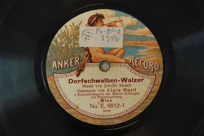 Dorfschwalben aus Österreich / Der Vogel im Walde Dorfschwalben-Walzer / Musik von Johann Strauß [falsche Komponistenangabe auf Label]