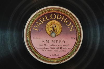 Lieder nach Gedichten von Rellstab und Heine <Am Meer>