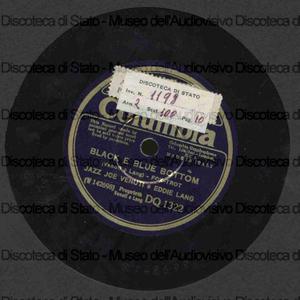 Black e blu botton ; Stringing the blues / J. Venuti ; E. Lang