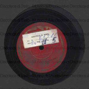 Molly Malone ; A lullaby for Dena / Danny Kaye con coro e orchestra ; Green, direttore