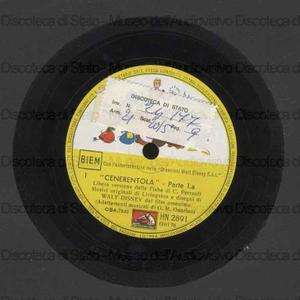 nerentola : Libera versione dalla Fiaba di C. Perrault / Motivi originali di Livingston e disegni di Walt Disney dal film omonimo ; Adattamenti musicali di G. M. Guarin