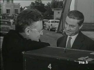 Raymond Queneau parle de son film à René Clément