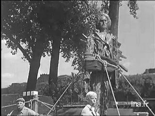 La statue de Van Gogh vers Auvers-Sur-Oise