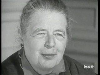 """Marguerite YOURCENAR parle de """"L'oeuvre au noir"""""""