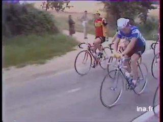 Grève des coureurs du tour de France à Valence d' Agen