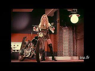 "Brigitte BARDOT, ""Harley Davidson"""