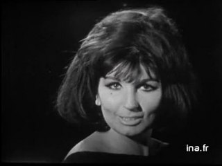 "Alma Cogan ""I can't give you anything but love"""