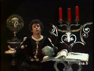 """Francis Perrin """"Hamlet"""""""