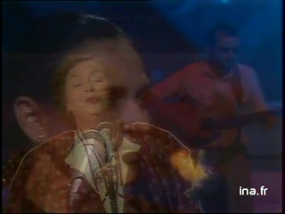 """Brenda Wootton Maria Carta Mercédès Sosa """" Gracias a la vida"""" """"The land I love """" """" Tralalera campidanu """""""