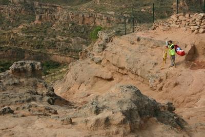 [R_Arnedo_SanMiguel] Documentación geométrica de las excavaciones arqueológicas del Cerro de San Miguel (Arnedo, La Rioja). Campaña 2007