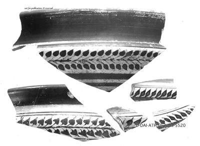 Fragmente einer großen Schale