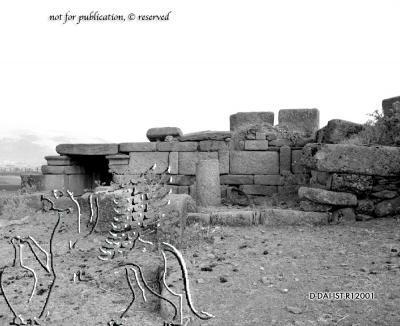 antiker Bau im Nordosten der Stadt (Kurtine der späten Stadtmauer?)