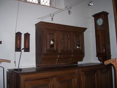 Hangkast boven de Credenskast