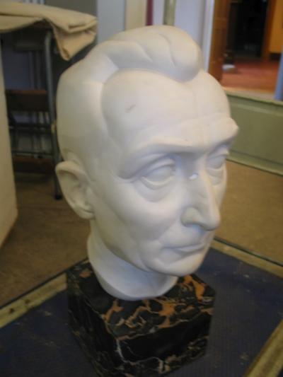 Borstbeeld van Arthur Meulemans door Poels