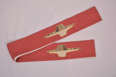 Stola die aan beide zijden gebruikt kan worden in de kleuren rood en wit