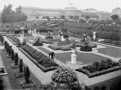 Jardin botanique de Bruxelles : Jardin italien et bâtiment principal #0097