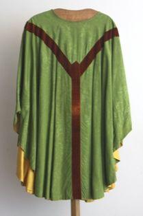 kazuifel - klokkazuifel in groene zijde en bruin fluweel