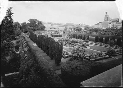 Jardin botanique de Bruxelles : Jardin italien et bâtiment principal #0007